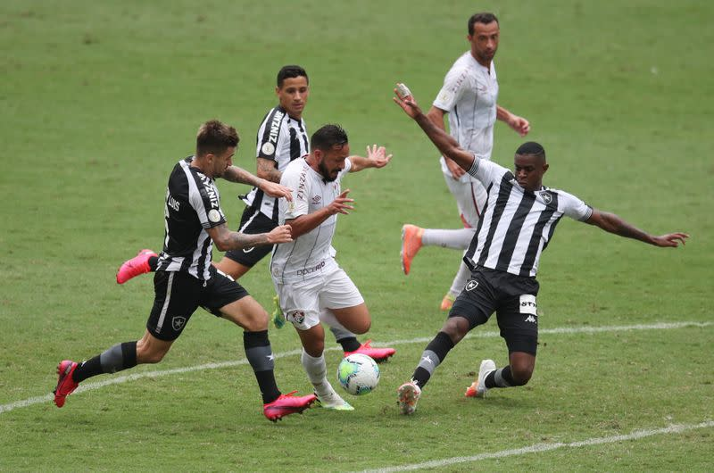 Botafogo's winless run continues with Fluminense draw