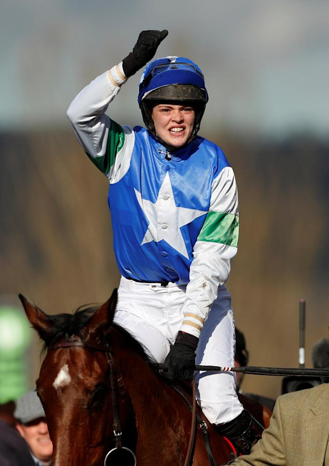 Horse Racing - Cheltenham Festival - Cheltenham Racecourse, Cheltenham, Britain - March 13, 2018 Lizzie Kelly celebrates on Coo Star Sivola after winning the 14:50 Ultima Handicap Chase Action Images via Reuters/Andrew Boyers