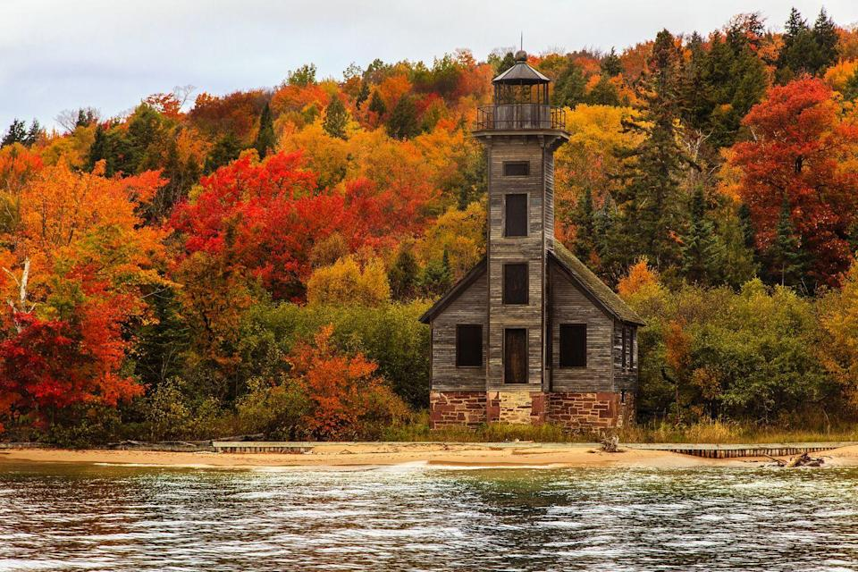 <p>The east coast isn't the only place filled with prime leaf-peeping, Grand Island in Michigan's Upper Peninsula is also home to some vivid fall colors. </p>