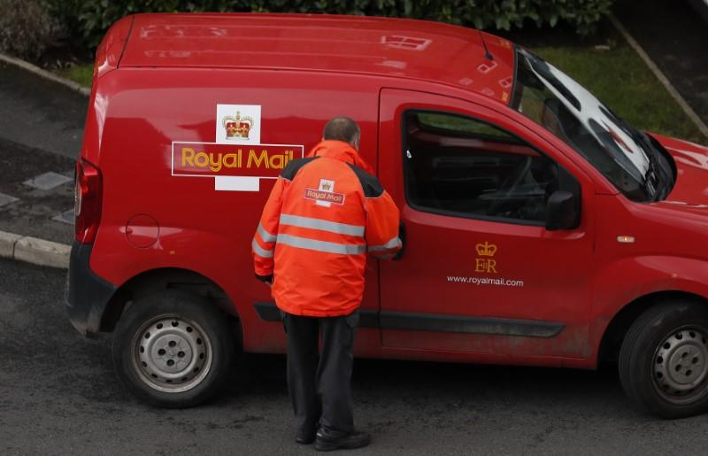 Royal Mail hit by sharp drop in letters over Christmas