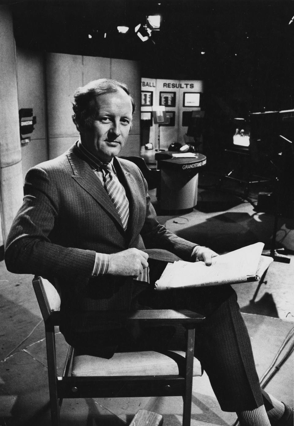 Television presenter Frank Bough pictured on the set of the television show 'Grandstand', April 10th 1971. (Photo by Don Smith/Radio Times/Getty Images)