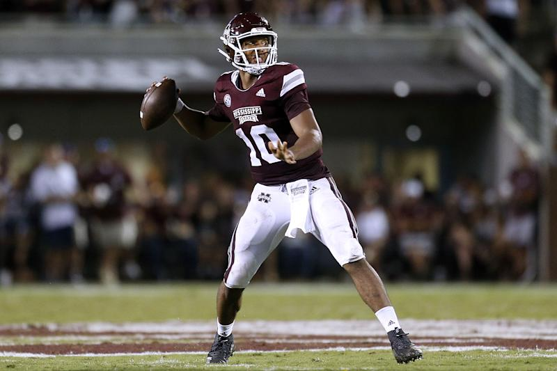 STARKVILLE, MS - SEPTEMBER 01: Keytaon Thompson #10 of the Mississippi State Bulldogs throws the ball during the first half against the Stephen F. Austin Lumberjacks at Davis Wade Stadium on September 1, 2018 in Starkville, Mississippi. (Photo by Jonathan Bachman/Getty Images)