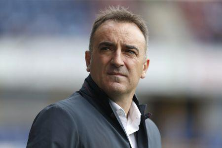 Britain Soccer Football - Huddersfield Town v Sheffield Wednesday - Sky Bet Championship Play Off Semi Final First Leg - John Smith's Stadium - 14/5/17 Sheffield Wednesday manager Carlos Carvalhal before the game Action Images via Reuters / Ed Sykes Livepic