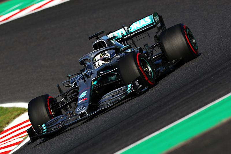 SUZUKA, JAPAN - OCTOBER 13: Lewis Hamilton of Great Britain driving the (44) Mercedes AMG Petronas F1 Team Mercedes W10 on track during the F1 Grand Prix of Japan at Suzuka Circuit on October 13, 2019 in Suzuka, Japan. (Photo by Mark Thompson/Getty Images)