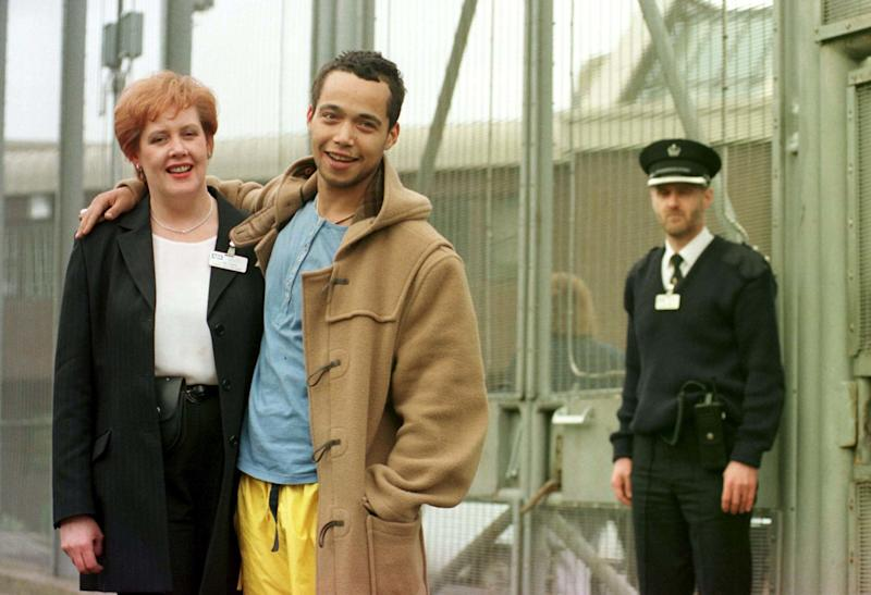 Brit Award winning singer Finley Quaye played to a captive audience of inmates at Greenock Prison. Quaye gave the concert as a favour for his relative Linda Kemp who works as a health care manager at the prison.