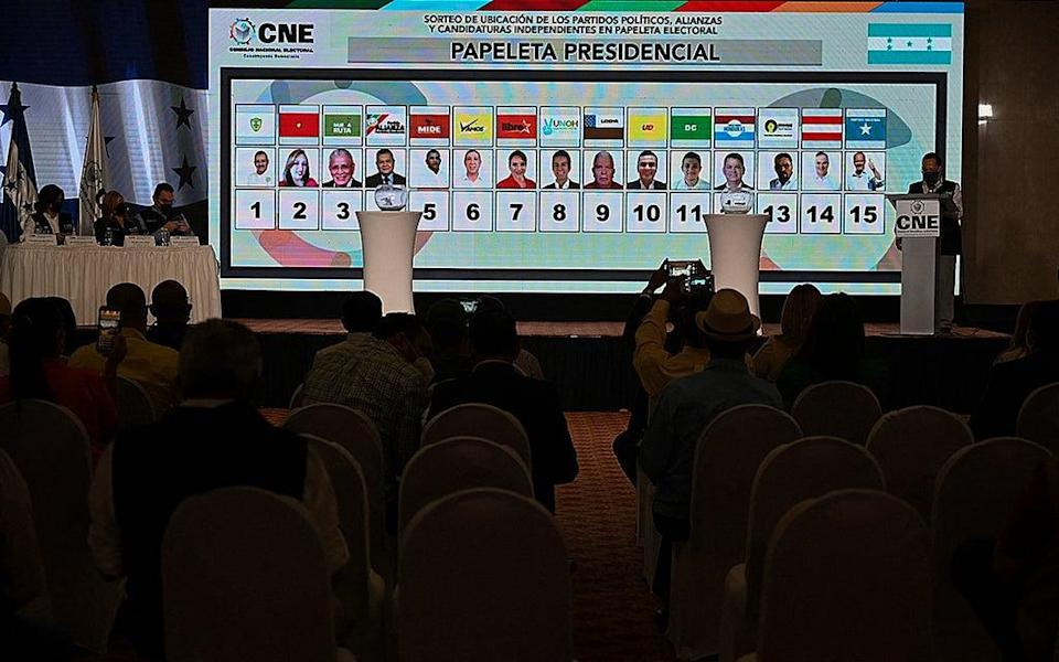A screen with the electoral ballot after the draw for the order in which presidential candidates will appear on it for the November elections (AFP via Getty Images)