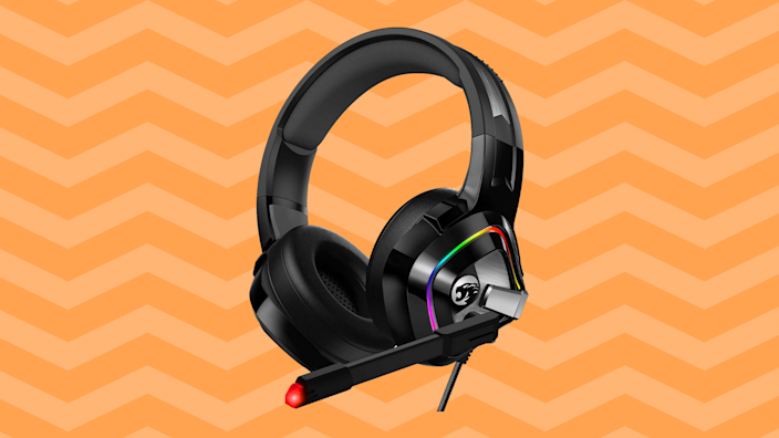 Save nearly 40 percent—Ziumier Gaming Headset. (Photo: Amazon)