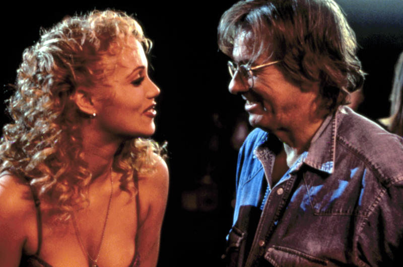 Berkley and Paul Verhoeven on the set of 'Showgirls' (Photo: United Artists/ Courtesy Everett collection)