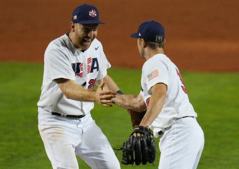 Todd Frazier, left, and pitcher David Robertson werr among 24 players named Friday to the US Olympic baseball roster for the Tokyo Games