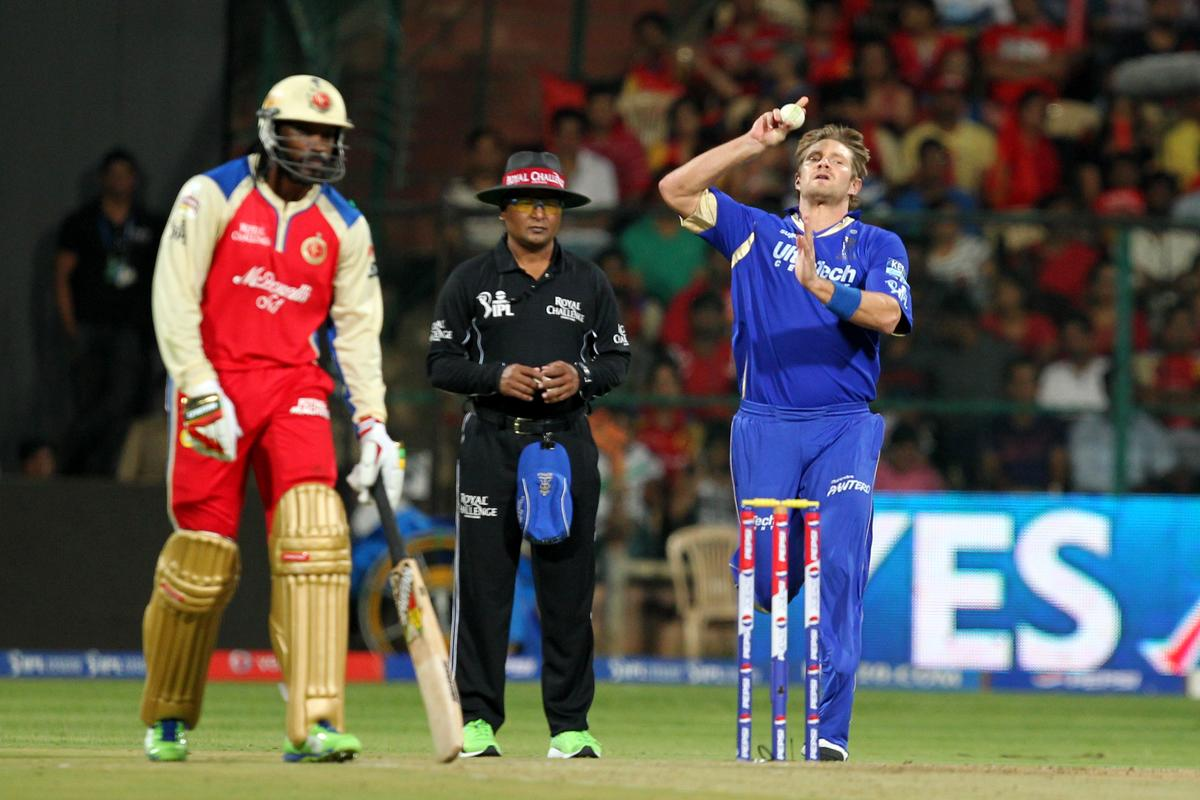 Shane Watson bowls during match 27 of the Pepsi Indian Premier League between The Royal Challengers Bangalore and The Rajasthan Royals held at the M. Chinnaswamy Stadium, Bengaluru  on the 20th April 2013 (BCCI)