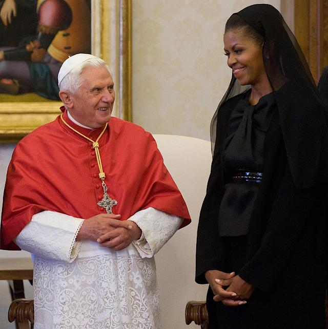 Michelle Obama also wore a black veil to meet then-Pope Benedict XVI in 2009. (Photo: Getty Images)