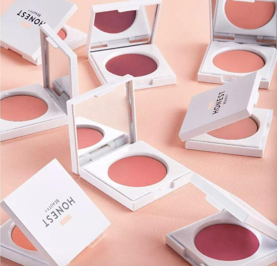 <p>Even though it's a blush, you can use the <span>Honest Beauty Creme Cheek Blush</span> ($16) as a cream eyeshadow and lip color!</p>