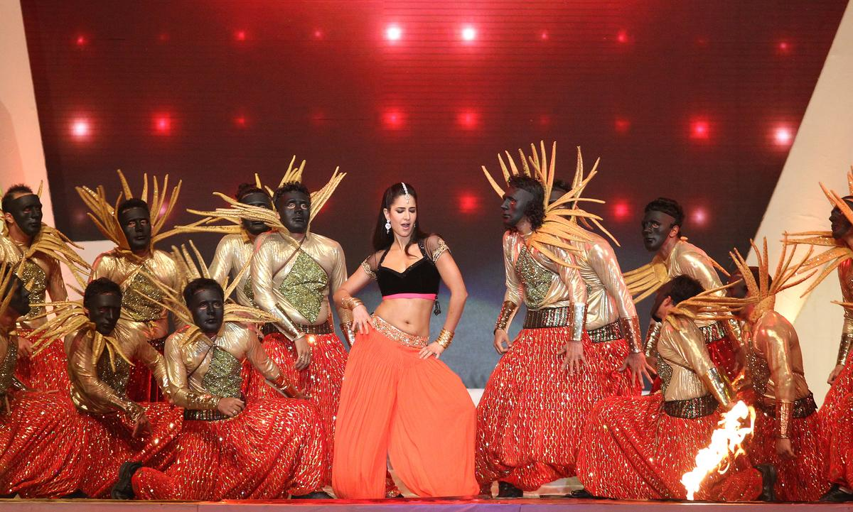 Katrina Kaif performs during the Pepsi Indian Premier League opening ceremony held at the Salt Lake Stadium in Kolkata on the 2nd April 2013..Photo by Ron GauntSPORTZPICS ..Use of this image is subject to the terms and conditions as outlined by the BCCI. These terms can be found by following this link:..https://ec.yimg.com/ec?url=http%3a%2f%2fwww.sportzpics.co.za%2fimage%2fI0000SoRagM2cIEc&t=1493355710&sig=2.uOaKm9hm5XMNctN0kYoA--~C