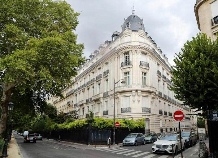 Epstein's flat is on Avenue Foch near the Champs-Elysees -- one of the world's most exclusive addresses (AFP Photo/JACQUES DEMARTHON)