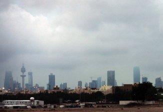 Oil-dependent Kuwait growth to slow: report