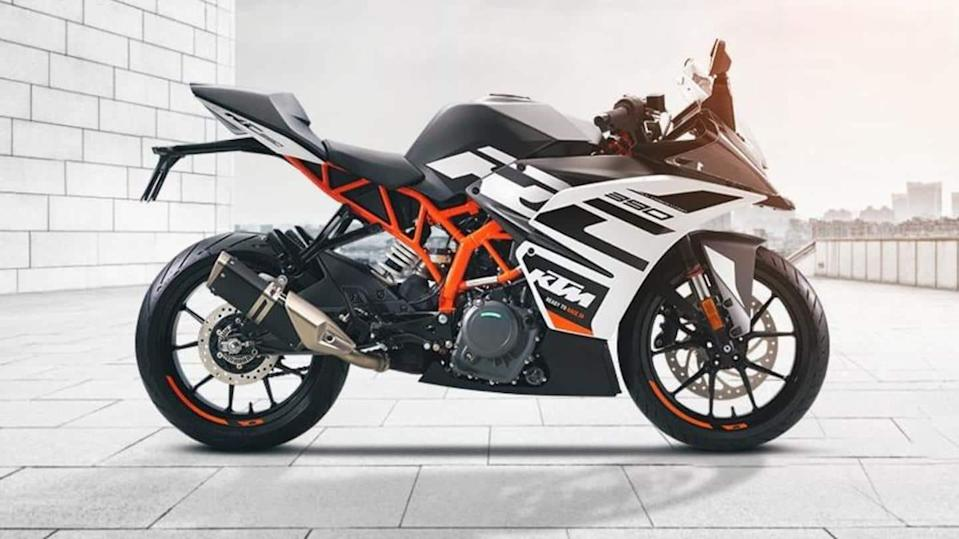 New-generation KTM RC 390 motorbike previewed in spy images