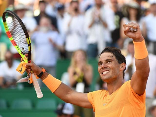 Dominic Thiem sets up Monte-Carlo quarter-final with Rafael Nadal after battling back to beat Novak Djokovic