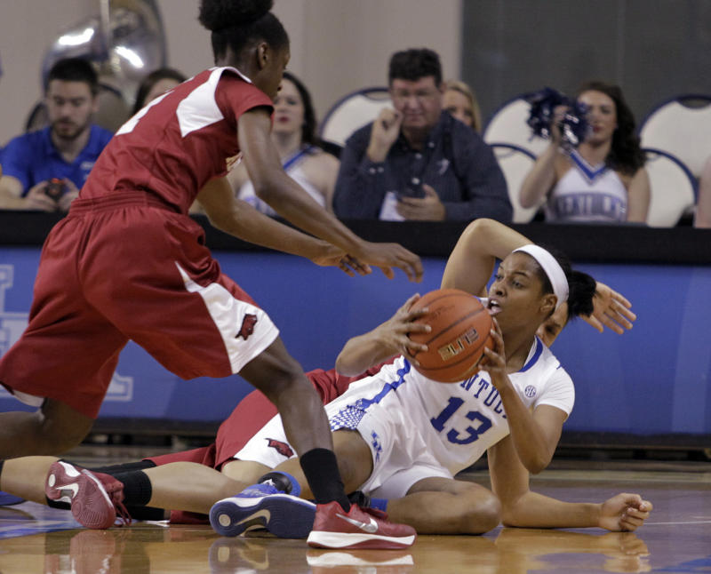 No. 9 Kentucky women beat Arkansas 68-58