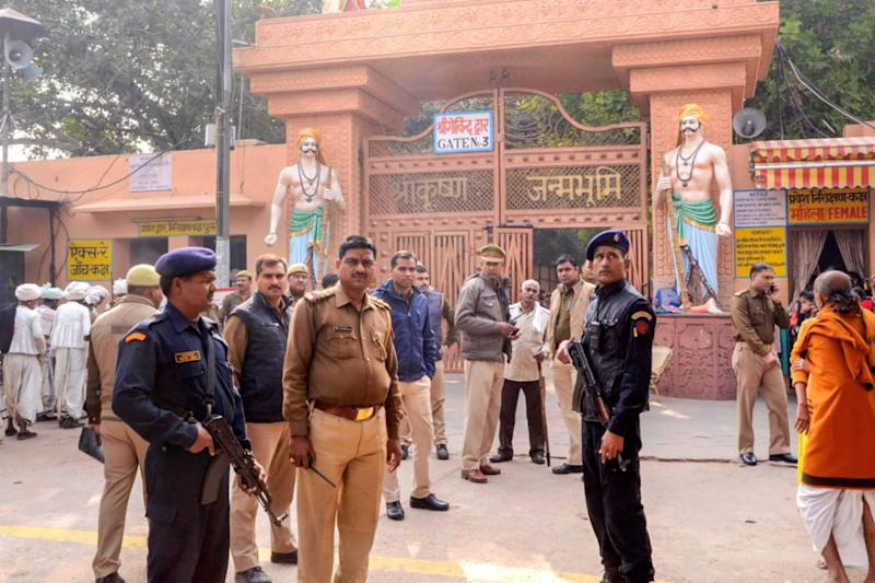 News18 Evening Digest: Court Admits Plea Seeking Removal of Mathura Mosque and Other Top Stories