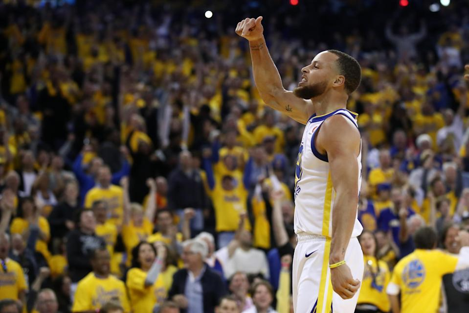 Stephen Curry reminds everyone in Oracle Arena whose house it is during Game 3 on Sunday night. (AP)