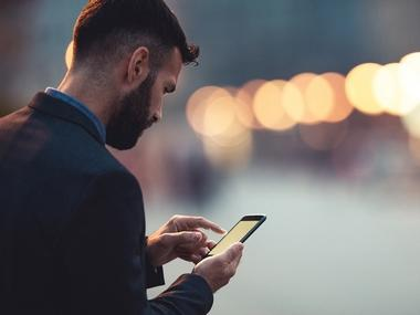 Smartphone addiction: University students in India check their smartphones up to 150 times a day