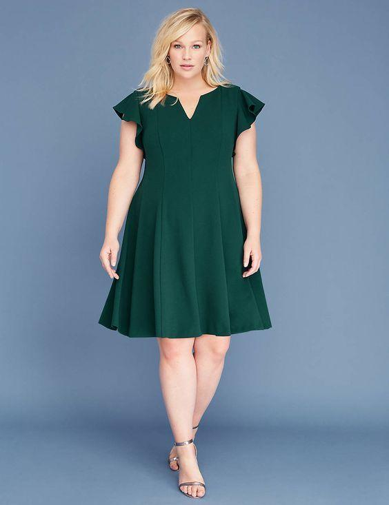 66634ee76e5 5 Maternity Holiday Dresses Meghan Markle Would Approve Of