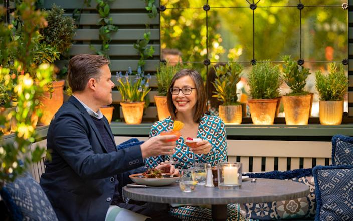 Anna Maxted and husband Phil enjoying a romantic dinner at the Ivy in King's Road - Andrew Crowley