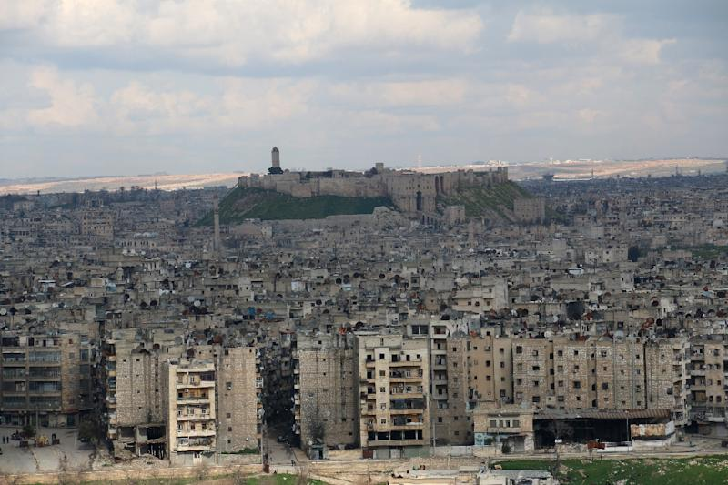 A general view taken on March 3, 2015 shows the citadel (background) in the northern Syrian city of Aleppo, where dozens were killed on March 4 when rebels set off a powerful tunnel explosion targeting an intelligence headquarters
