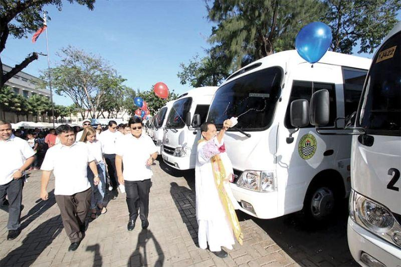 City to donate 22 buses to mountain villages
