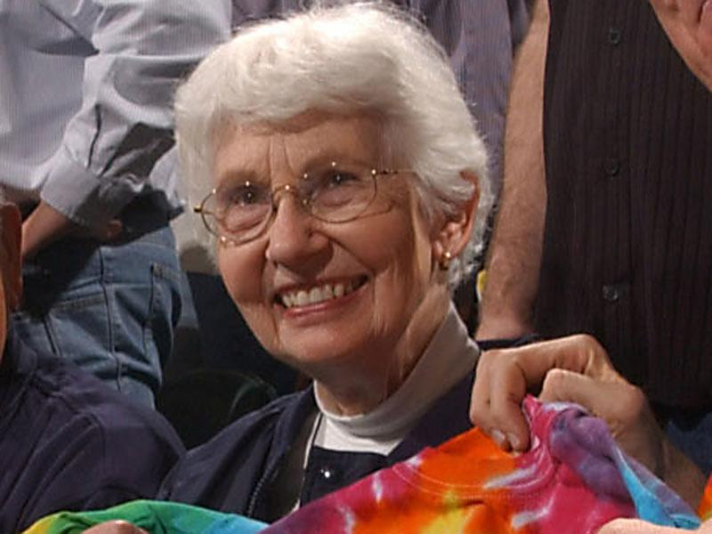 "30 APR 2002: Bill Walton gives a ""Where''s Walton""  t-shirt to David Letterman''s Mom during his 30 games in 30 days tour before the Indiana Pacers and New Jersey Nets play game  4 of the Eastern Conference Quarterfinal series during the 2002 NBA Playoffs  at Conseco Fieldhouse in Indianapolis, Indiana.  DIGITAL IMAGE.  NOTE TO USER: User expressly acknowledges  and agrees that, by downloading and or using this  photograph, User is consenting to the terms and conditions of the Getty Images License Agreement.  Mandatory Copyright notice: Copyright 2002 NBAE.  Mandatory Credit:  Ron Hoskins\\NBAE\\Getty Images"