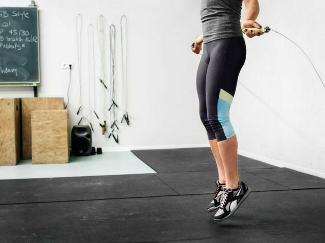 """<p>'For a HIIT workout it's best to fuel up on a source of faster-releasing carbohydrates and protein in the form of a pre-workout meal around three to four hours before, or a small snack around an hour before your workout,' says nutritionist Jenna Hope. That's to give your body the proper time to digest, which is especially important for high-intensity workouts, like <a href=""""https://www.womenshealthmag.com/uk/fitness/workouts/a707801/hiit-workout-at-home/"""" rel=""""nofollow noopener"""" target=""""_blank"""" data-ylk=""""slk:HIIT"""" class=""""link rapid-noclick-resp"""">HIIT</a>, when you'll be pushing your body to its limits.</p><p>Examples of pre-workout meals would be scrambled eggs on rye toast, wholemeal pasta with tomato sauce, wholegrain toast with peanut butter or cottage cheese.</p><p>Or, if you're looking for a snack try a banana or half a banana sliced on rice cakes or a date stuffed with peanut butter, recommends Hope.</p><p><strong><a href=""""https://www.womenshealthmag.com/uk/fitness/workouts/a707801/hiit-workout-at-home/"""" rel=""""nofollow noopener"""" target=""""_blank"""" data-ylk=""""slk:22 Best HIIT workouts to try now"""" class=""""link rapid-noclick-resp"""">22 Best HIIT workouts to try now</a></strong></p>"""