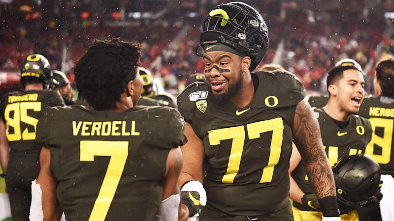 A committee of Oregon Ducks in line to replace Penei Sewell at left tackle