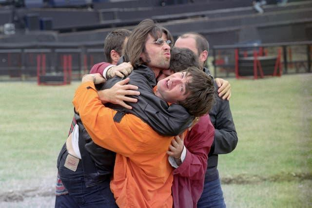 GALLAGHER BROTHERS TIGHT CLINCH