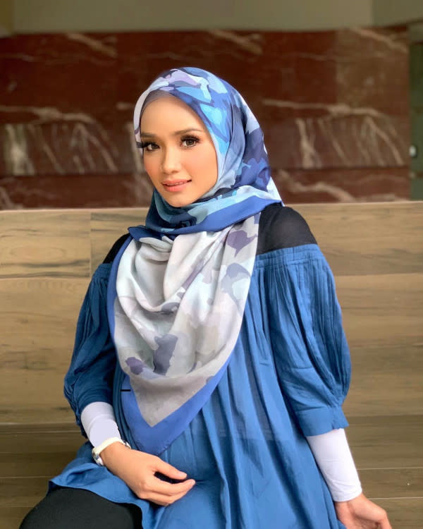 Ummi took a hiatus from work to avoid more pregnancy complications.