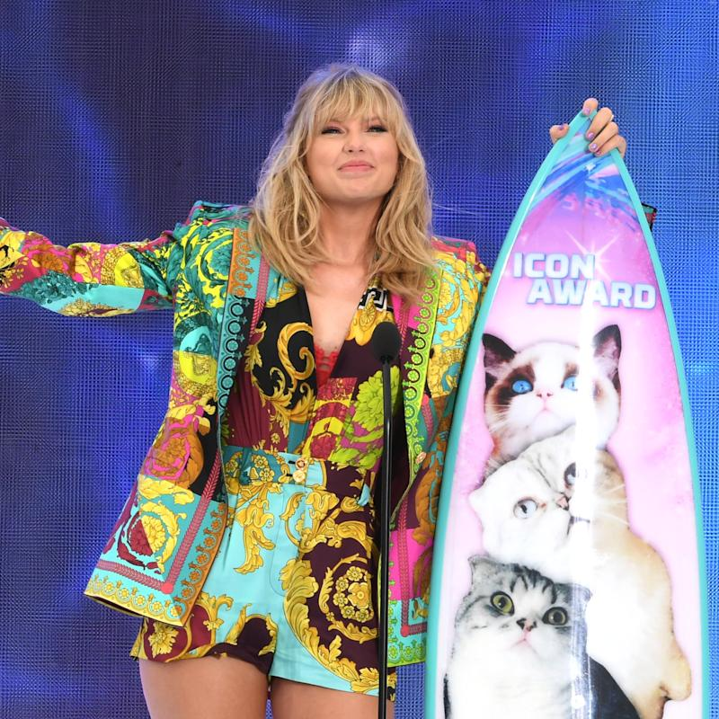 Taylor Swift Announces a New Single While Accepting the Icon Award at the TCAs