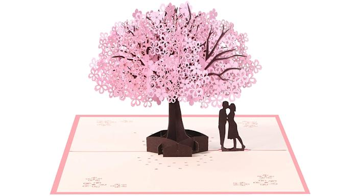 Vicloon 3D Card, Pop Up Card with Romantic Lovers Under Cherry Tree