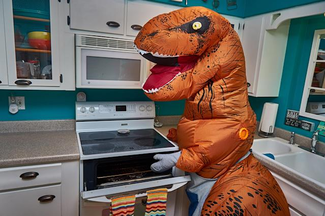 <p>Cooking up a storm in the kitchen. (Photo: Nebraska Realty/Caters News) </p>