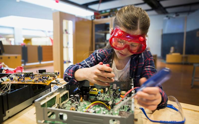 Short circuit: Qualified electronics tutors can help support children who like to see how things work - without any mishaps - Hero Images