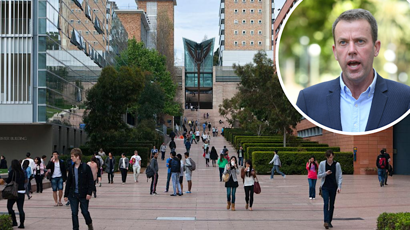 Education Minister Dan Tehan's proposals would see the university sector lose $900 million in funding, according to the Bankwest Curtin Economics Centre. (Source: Getty)