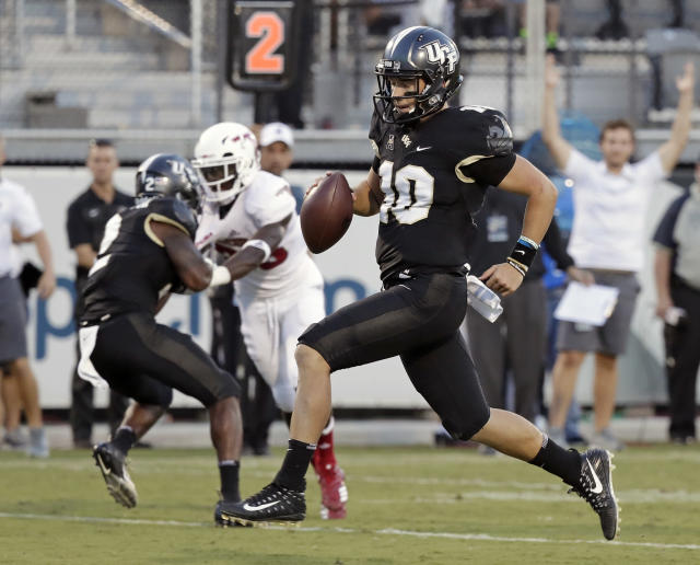 "<a class=""link rapid-noclick-resp"" href=""/ncaaf/players/270182/"" data-ylk=""slk:McKenzie Milton"">McKenzie Milton</a>'s team hasn't lost since the end of the 2016 season. (AP Photo/John Raoux, File)"