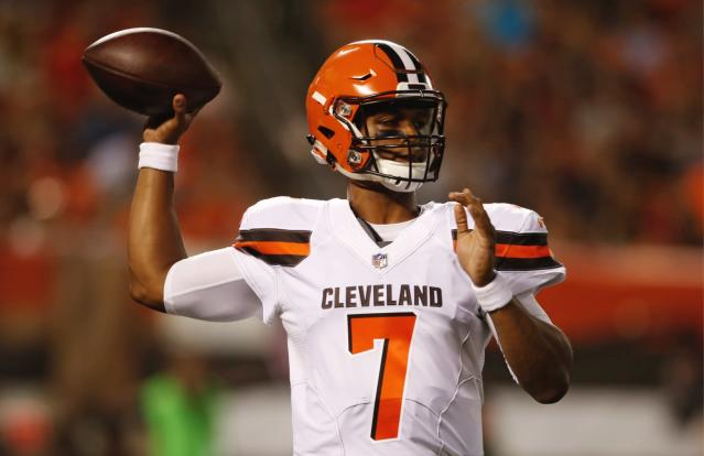 Could a Browns QB produce for fantasy managers in Week 14? Yahoo Fanalyst Liz Loza thinks there's a solid chance.