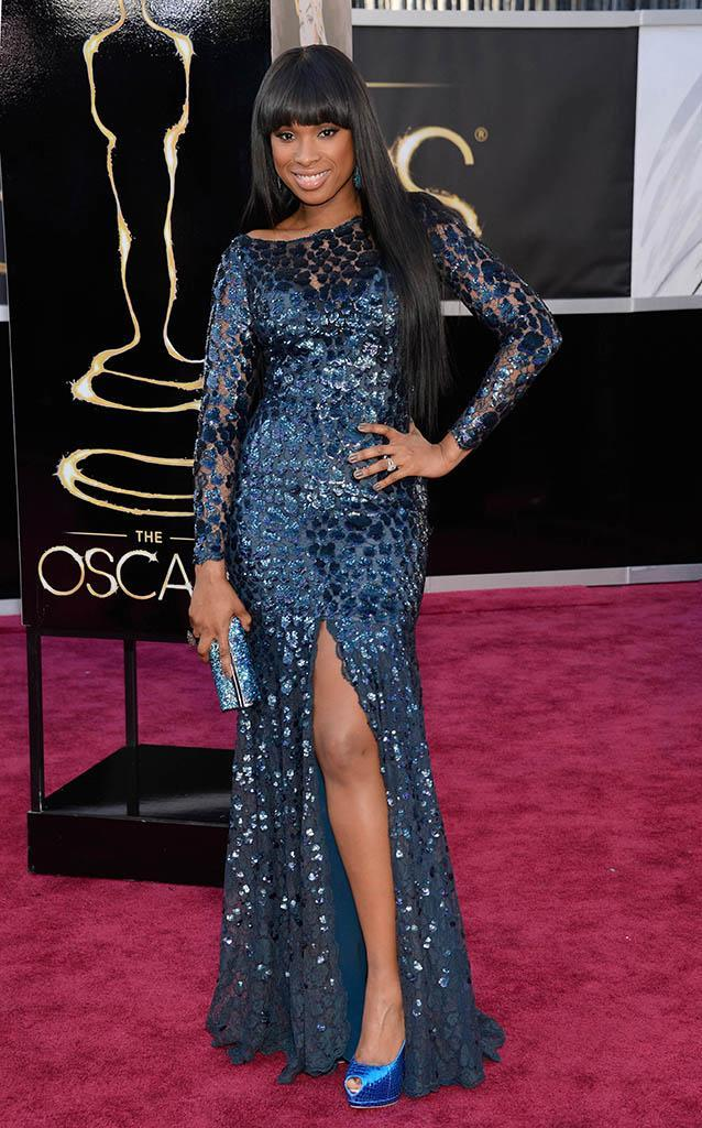 Jennifer Hudson arrives at the Oscars in Hollywood, California, on February 24, 2013.