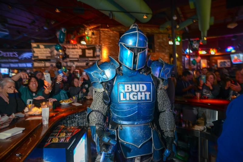 Super Bowl commercial brings together 'Game of Thrones,' Bud Light