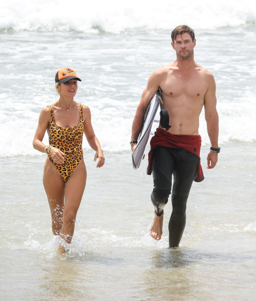 <p>Chris Hemsworth and Elsa Pataky hit the beach in Byron Bay. </p>