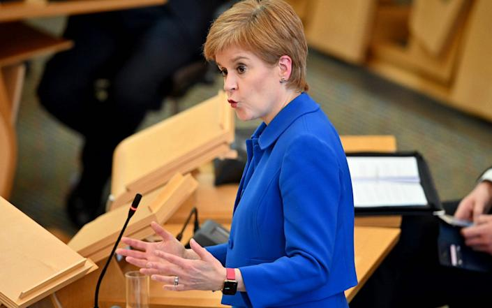 Scotland's First Minister Nicola Sturgeon announces her plans to halt the spread of coronavirus at the Scottish Parliament in Edinburgh, on September 22, 2020 - Jeff J Mitchell/AFP