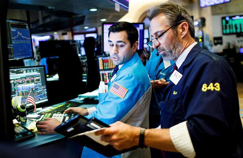 Wall Street cierra en terreno mixto y el Dow Jones sube un 0,03 %