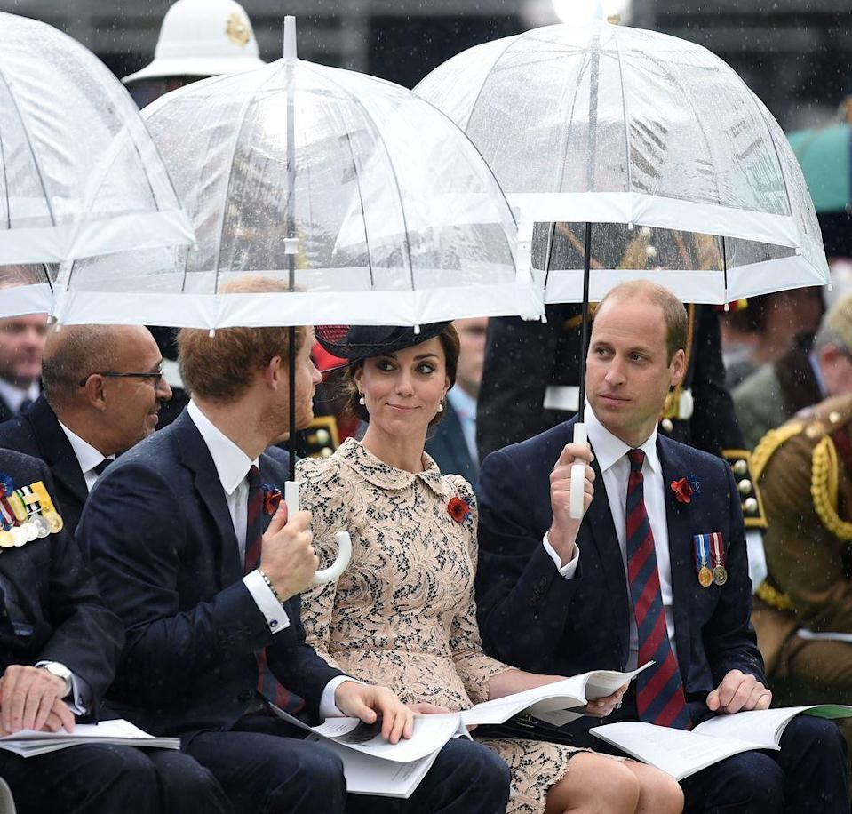<p>The royals' preferred bubble umbrellas have many advantages—but they're just not built to be shared.<br></p>