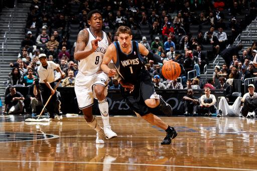 Timberwolves rally from 22 down to stun Nets