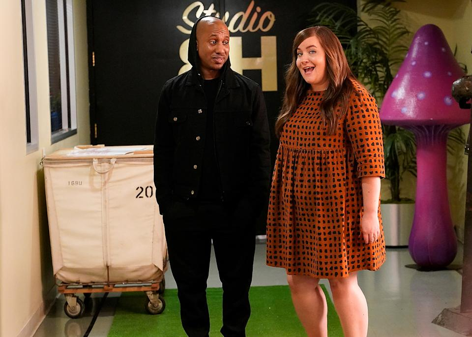 Chris Redd (with co-star Aidy Bryant) poked fun at Musk's tweet. (Photo: Will Heath/NBC/NBCU Photo Bank via Getty Images)
