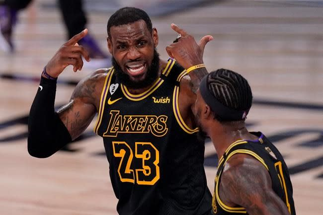 King James scores 40, but a Lakers coronation has to wait